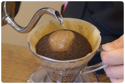 金澤屋コーヒー店のコーヒー豆ギフトは味・香り・鮮度にこだわるから缶入り完全密封でお送りいたします。